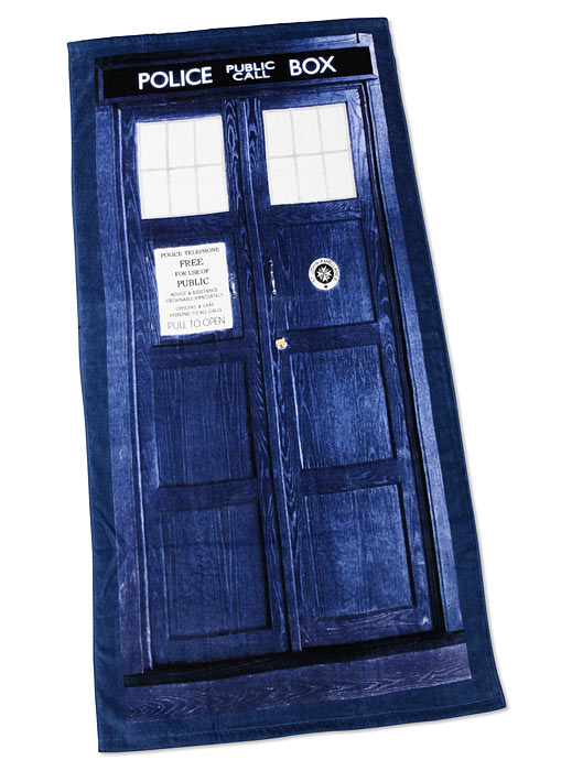 ec65_doctor_who_tardis_beach_towel